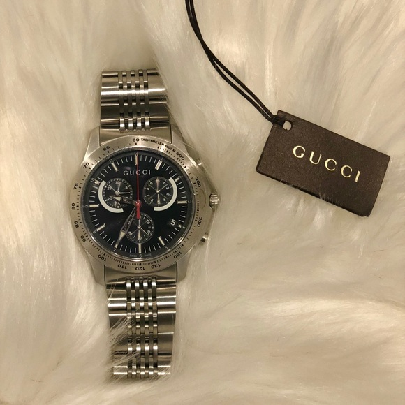 e2ab16d1a0f Gucci G-Timeless 126XL Watch